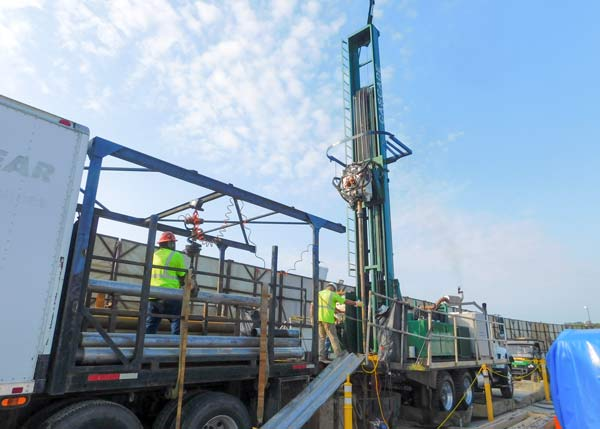 Sonic Drill Rig